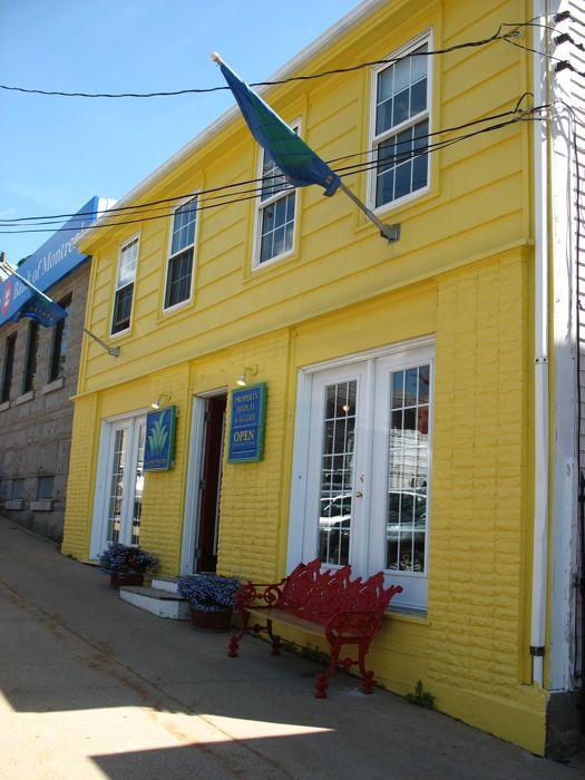 Lunenberg Yellow House