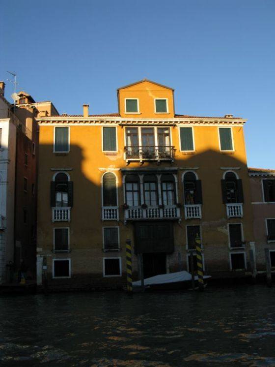 Venice Building on Canal5