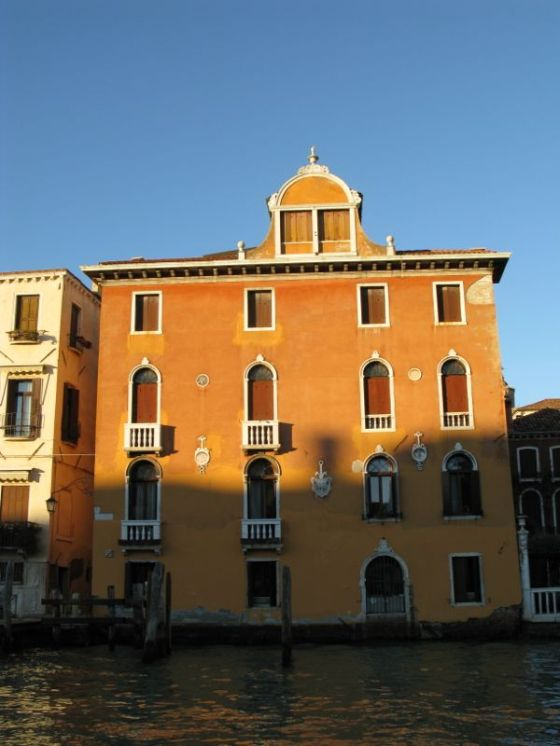 Venice Canal Building 11