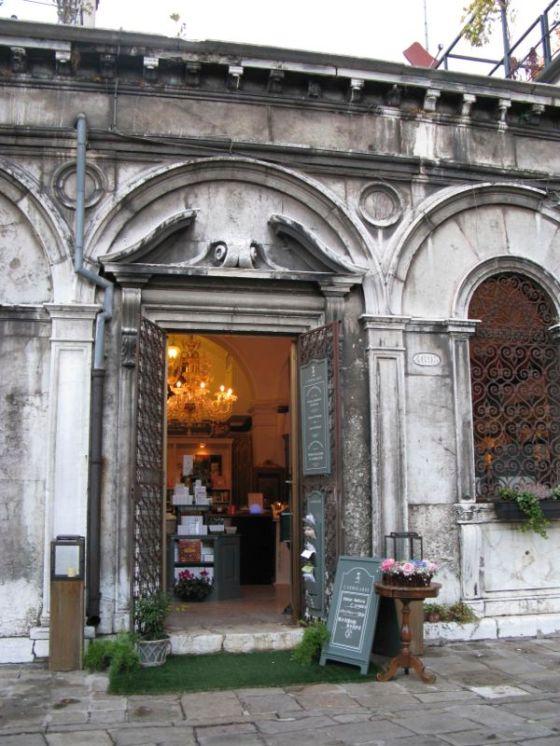 Venice shop soaps
