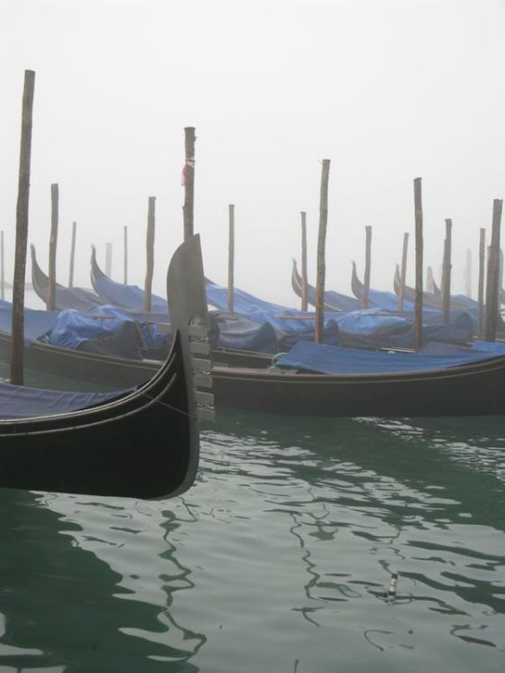 gondola in fog1