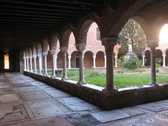 San Francesco della Vigna courtyard2