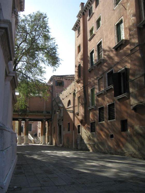 Venice streets7