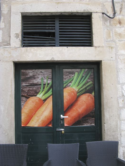 Dubrovnik Carrot Door