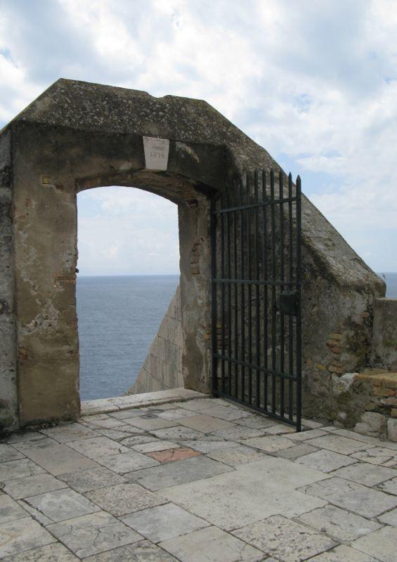 Dubrovnik City Wall_3 Gate