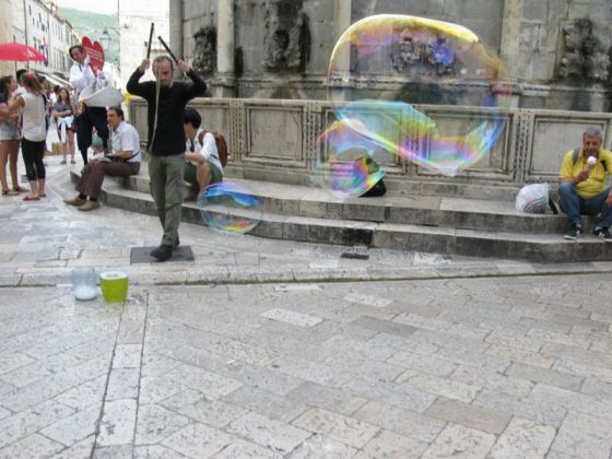 Dubrovnik_bubble man