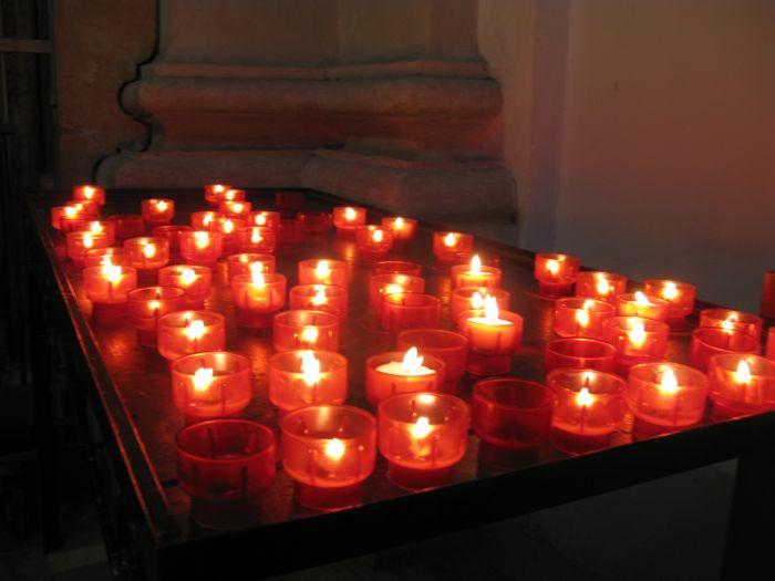 Dubrovnik_Candles St. Ignatius