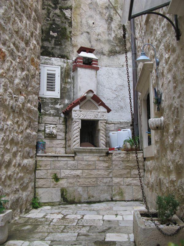 Dubrovnik_Dead End BBQ