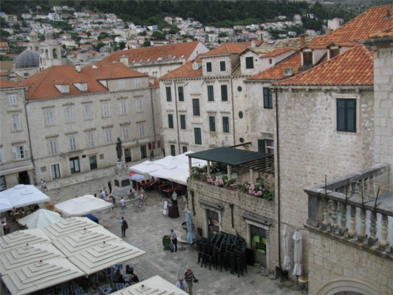 Dubrovnik_Gundelic Square from our window
