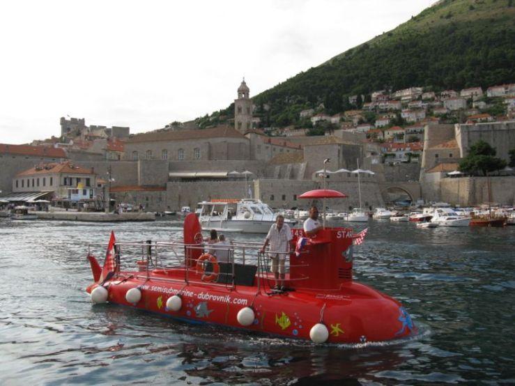 Dubrovnik_Harbor views1