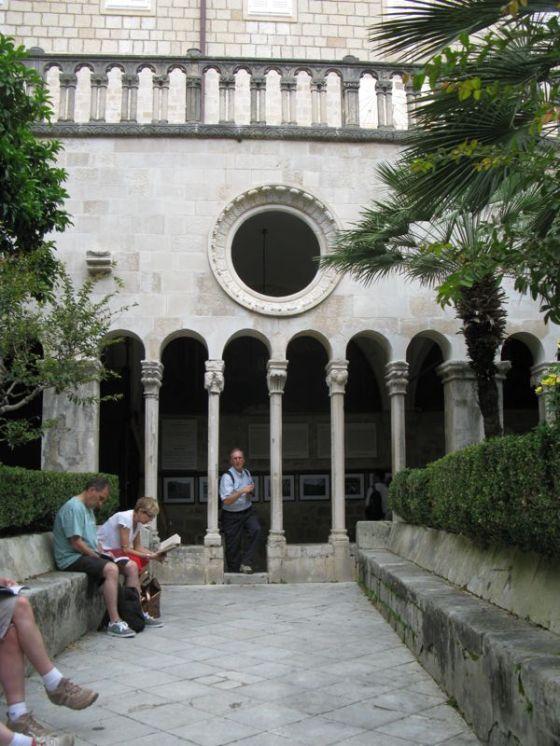 Dubrovnik_Monastery2