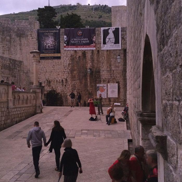 Dubrovnik_musicians near Pile Gate