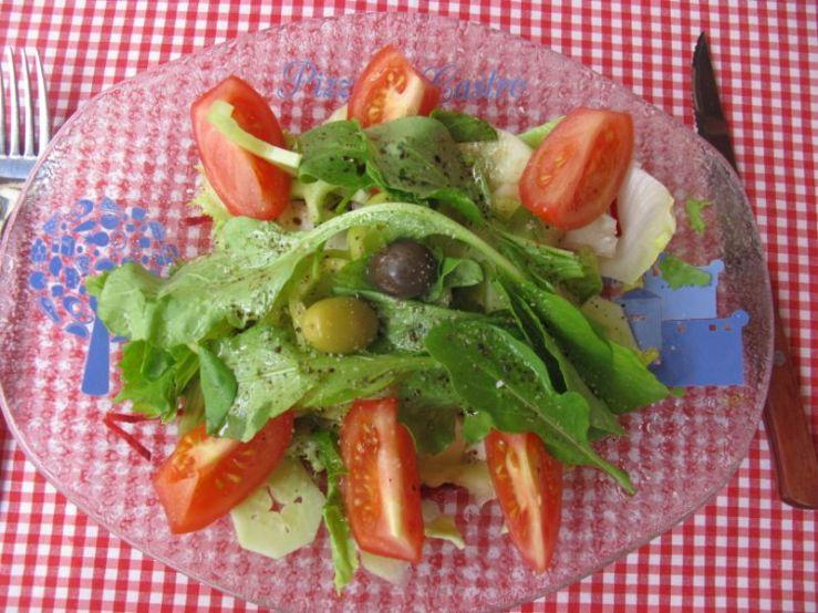 Dubrovnik_Pizzeria Four Seasons Salad