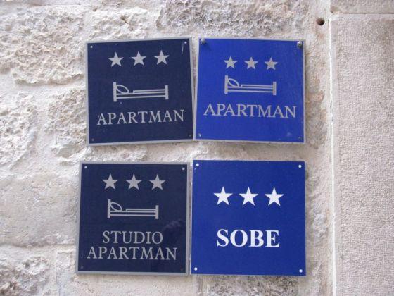 Dubrovnik_Sobe Signs