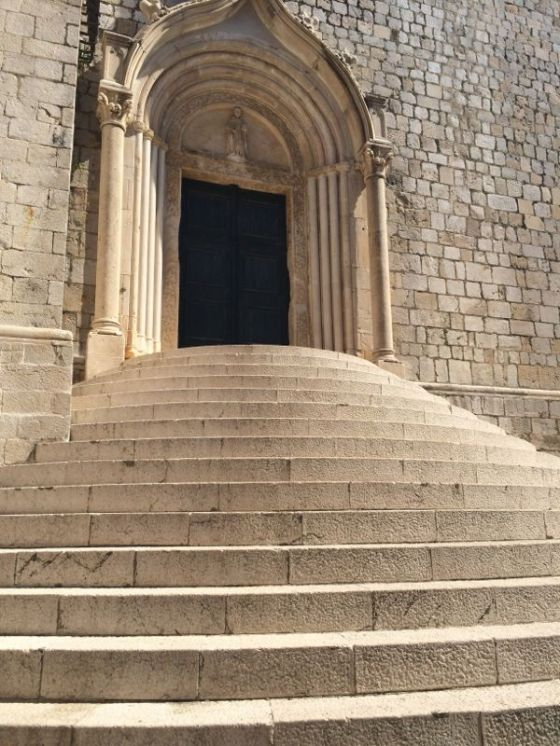 Dubrovnik_Steps to Church