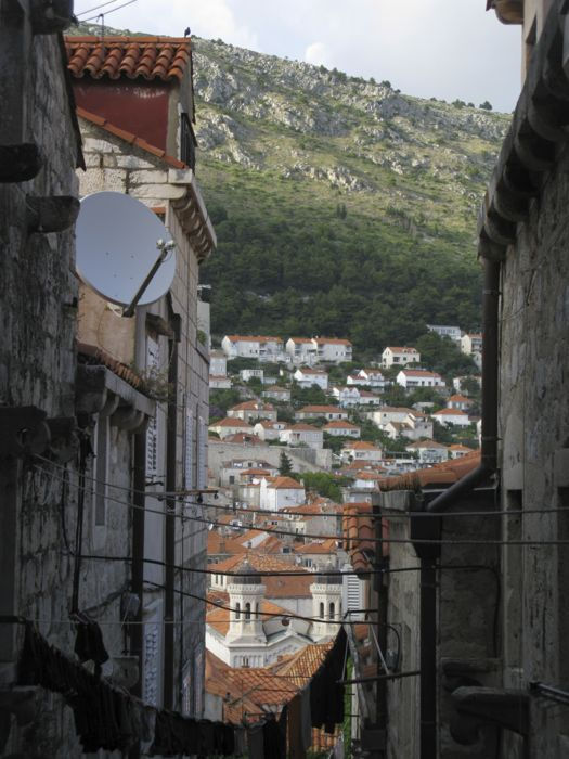 Dubrovnik_walk along inner walls1