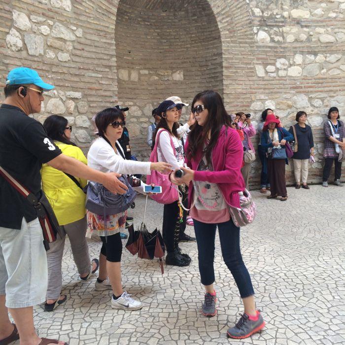 Entry Vestibule1_tourists