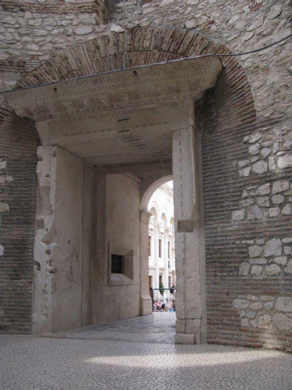 Entry Vestibule2