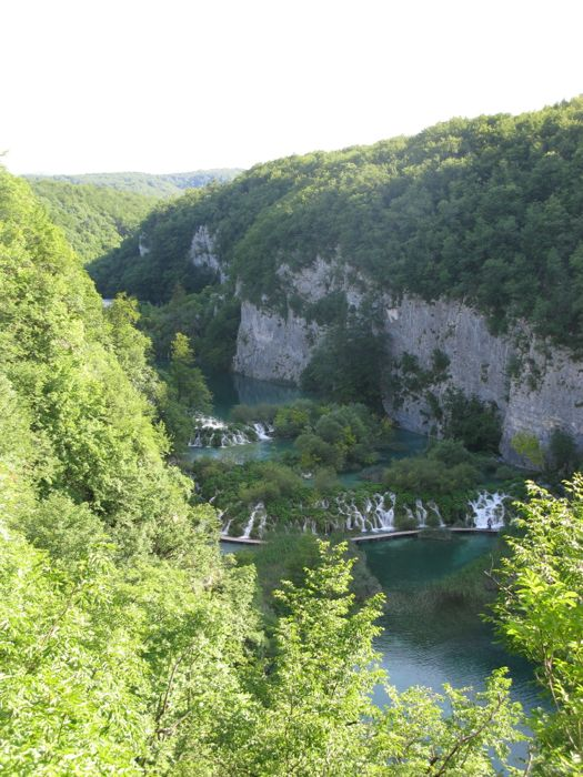 Plitvice Looking Up Canyon2