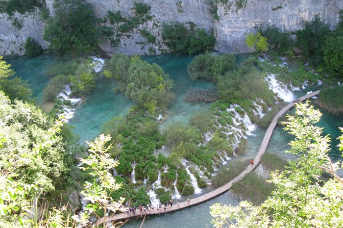 Plitvice Looking Up Canyon3