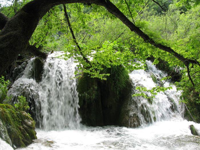 Plitvice12a_more falls