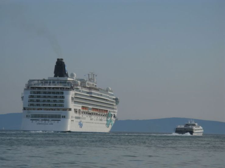 Split Cruise Ship