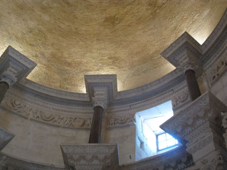 Split_Cathedral Ceiling