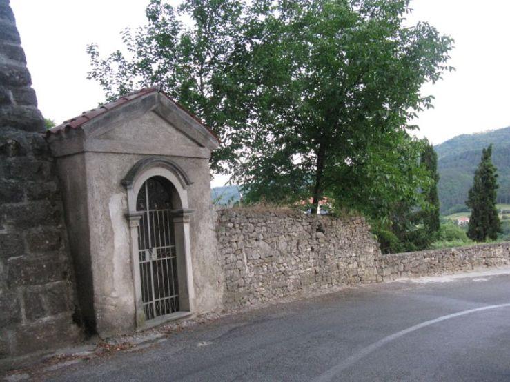 Buzet1n_little gate