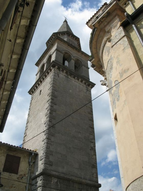 Buzet2b1_more towers