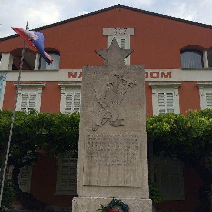 Buzet7b_town Communist marker