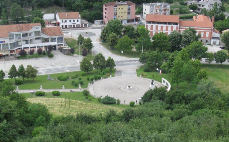 Buzet8a_War Dead Memorial