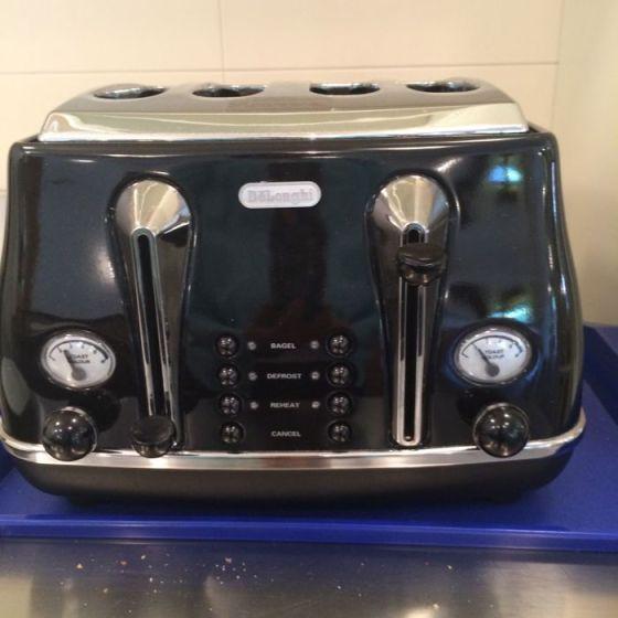 Hotel Tina_toaster