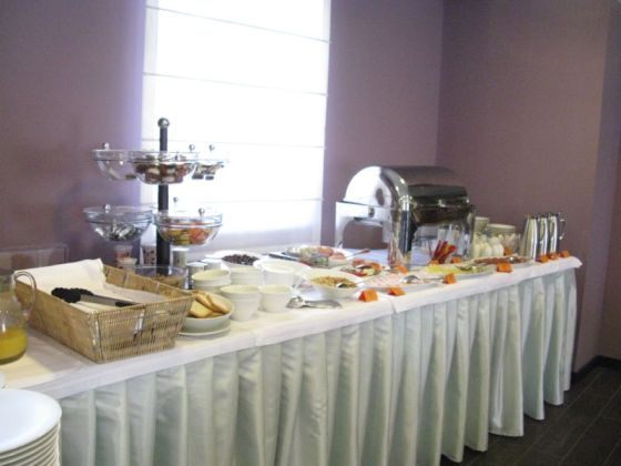 Vela Vrata_breakfast buffet1