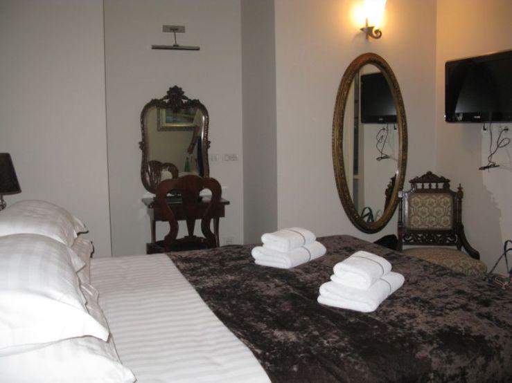 Vela Vrata_room