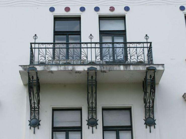 Ljubljana_Art Deco Building6