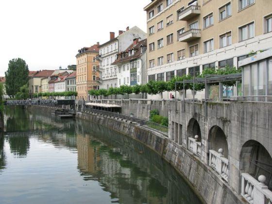 Ljubljana_Colonade
