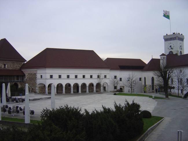 ljubljana_castle_inside_slovenia