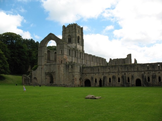 FountainsAbbey2008_1