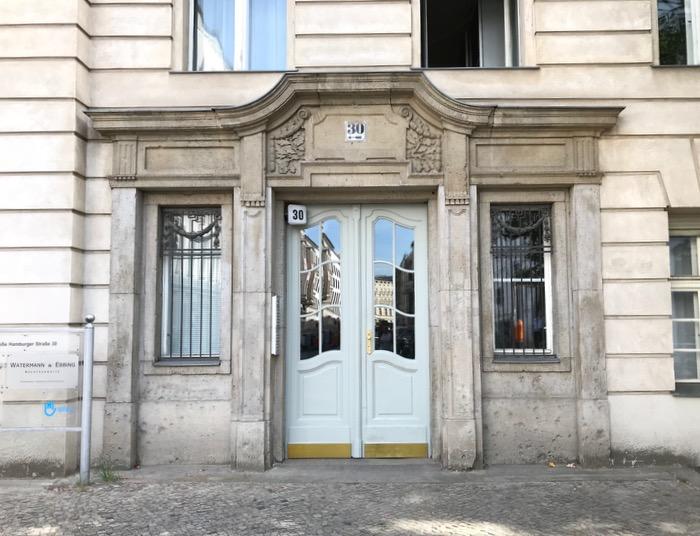 Berlin doors_14