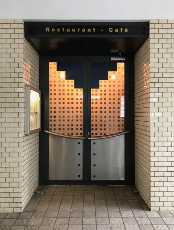Berlin doors_20