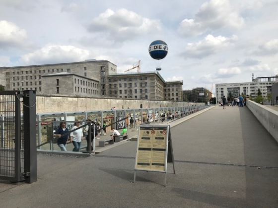 Berlin1_Wall of Terror.jpg